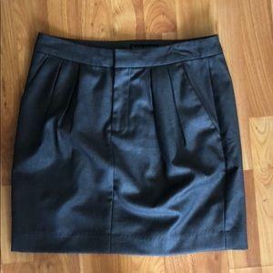 Banana republic gray skirt